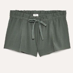 Aritzia Wilfred Montrouge Shorts in Sagesse